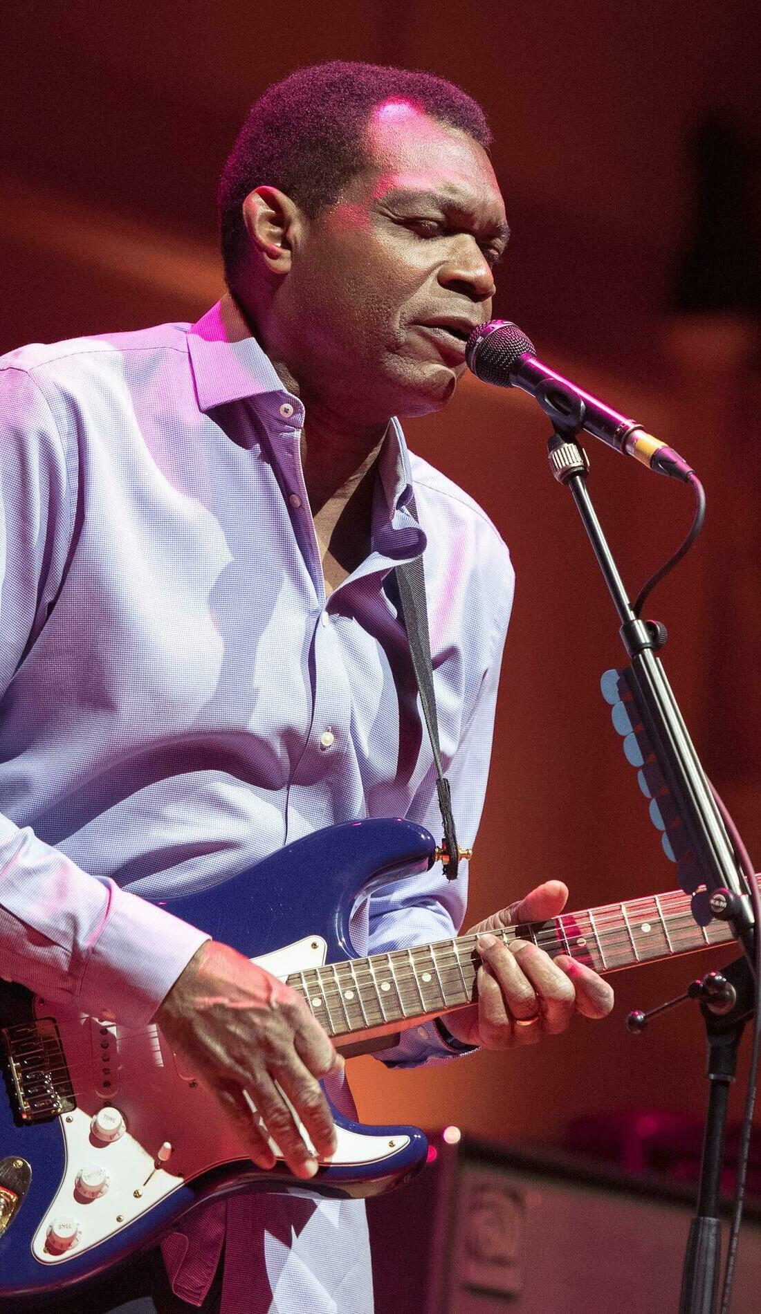 A Robert Cray live event