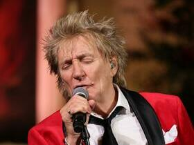 Advertisement - Tickets To Rod Stewart