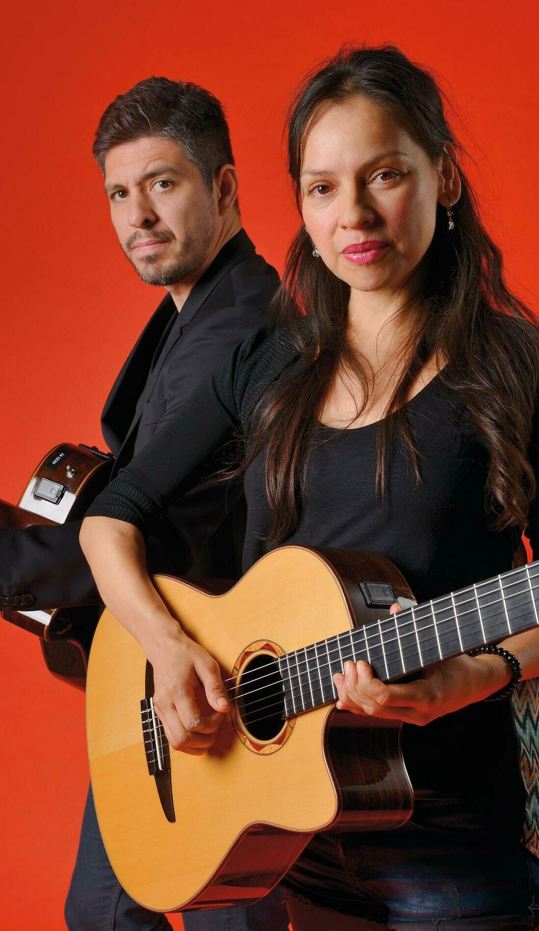 A Rodrigo Y Gabriela live event