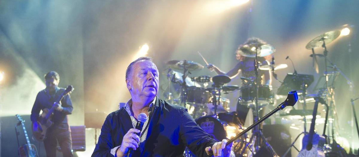 Simple Minds Tickets