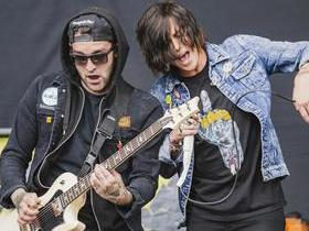 Sleeping With Sirens with The Amity Affliction