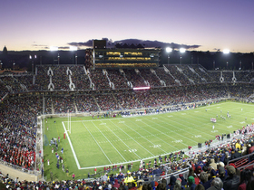 Washington Huskies at Stanford Cardinal Football