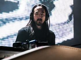Steve Aoki with Riot Ten (18+)