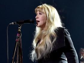 Stevie Nicks with Vanessa Carlton