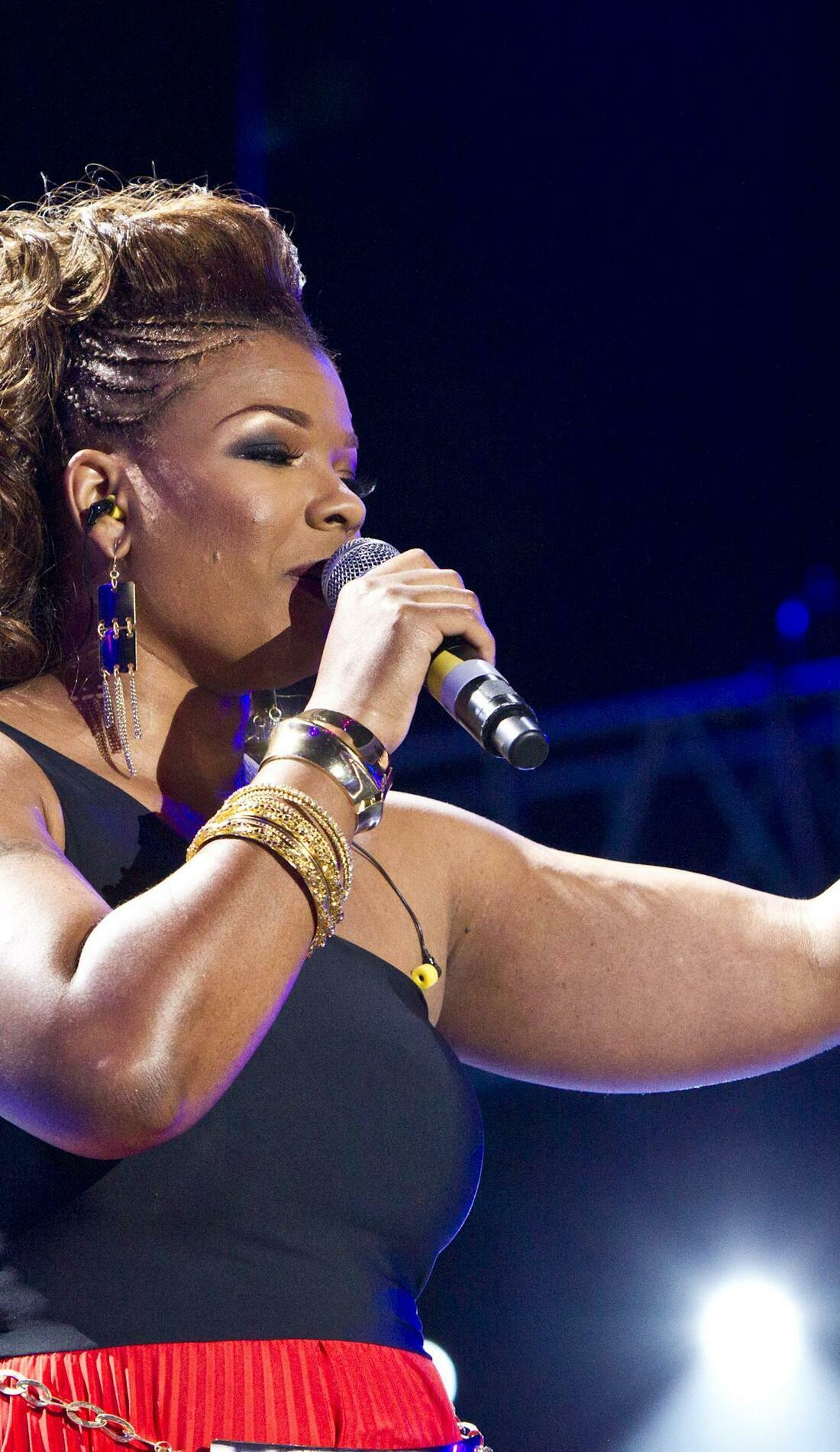 A Syleena Johnson live event