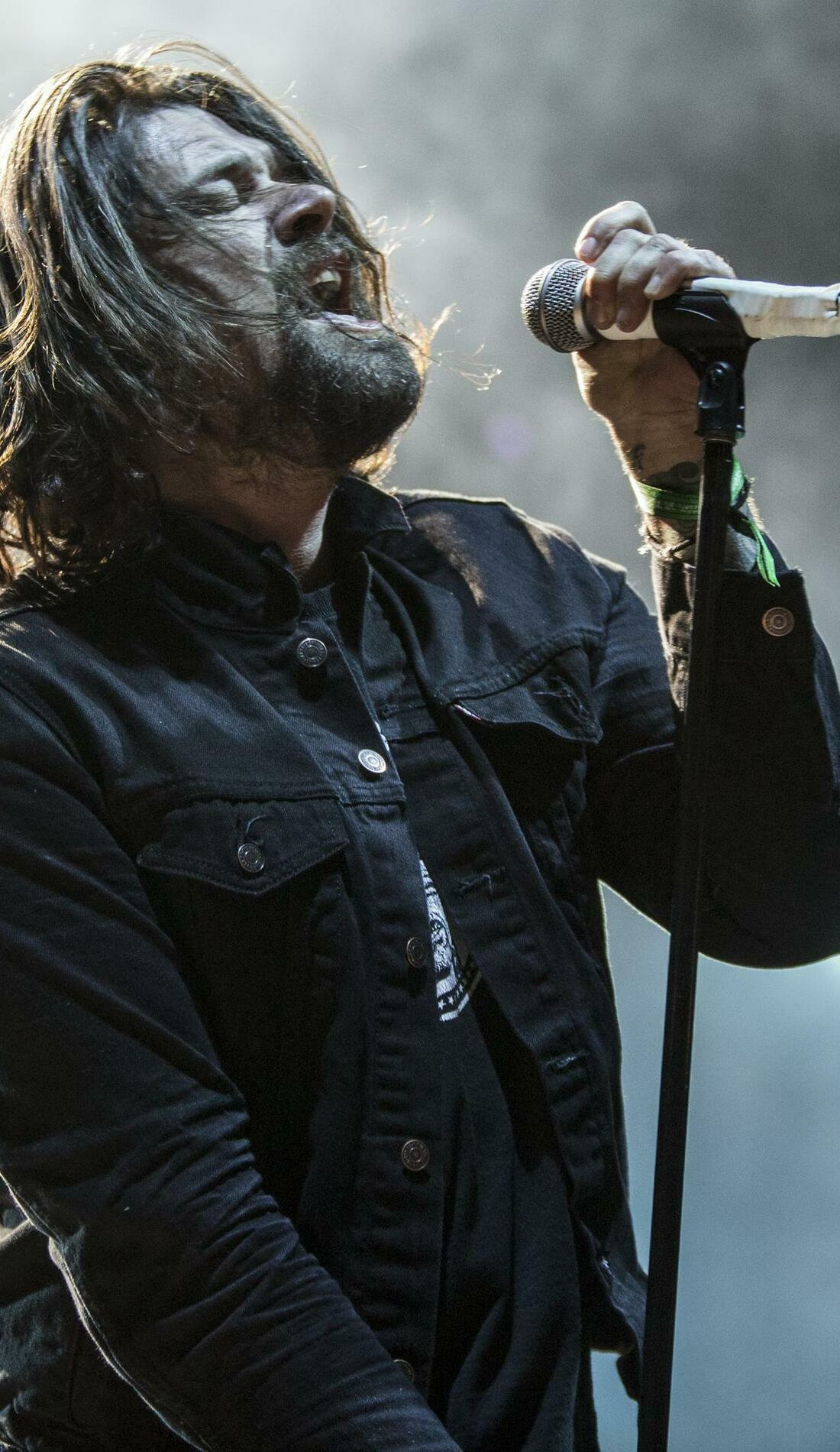 A Taking Back Sunday live event