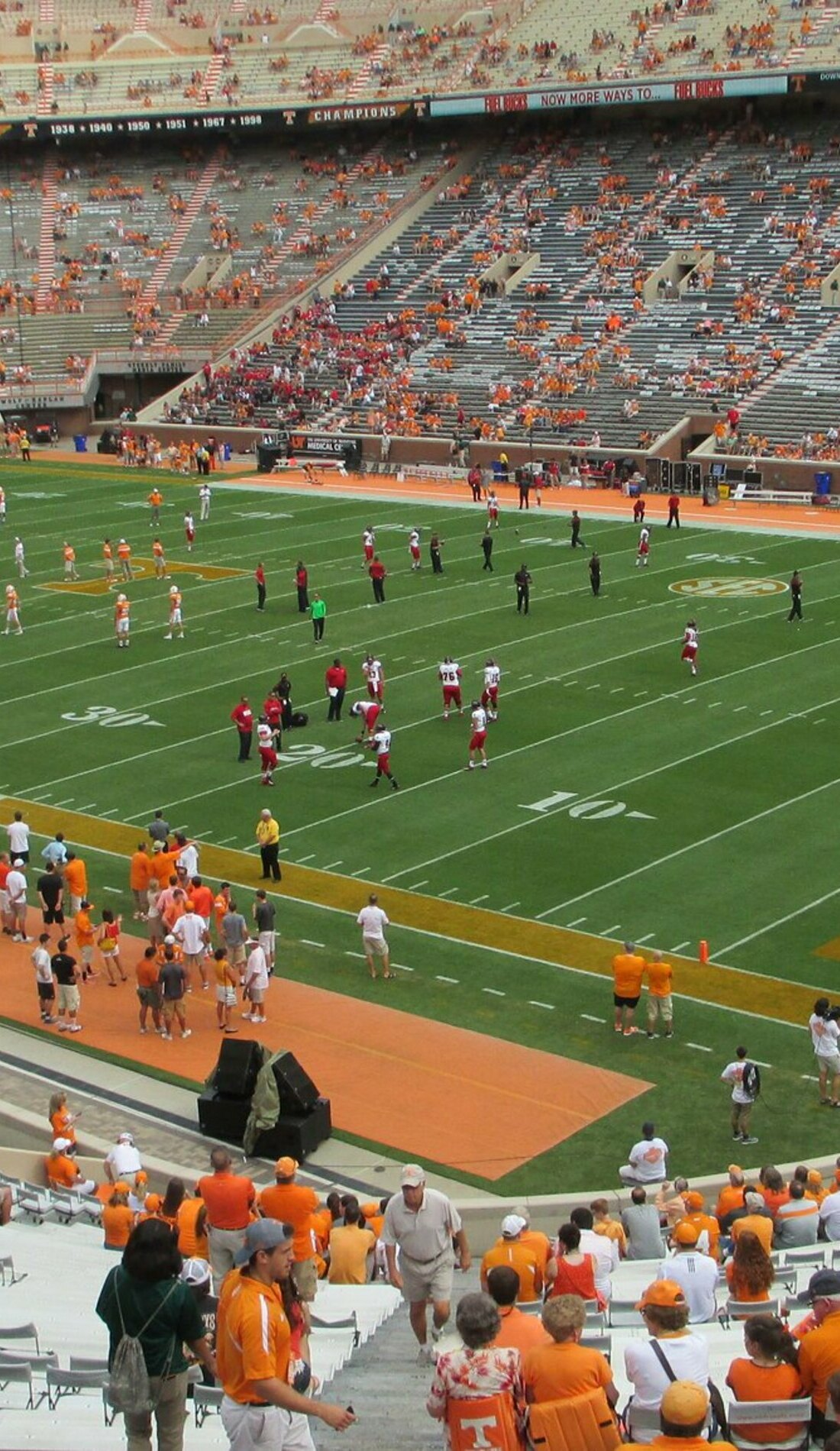 A Tennessee Volunteers Football live event