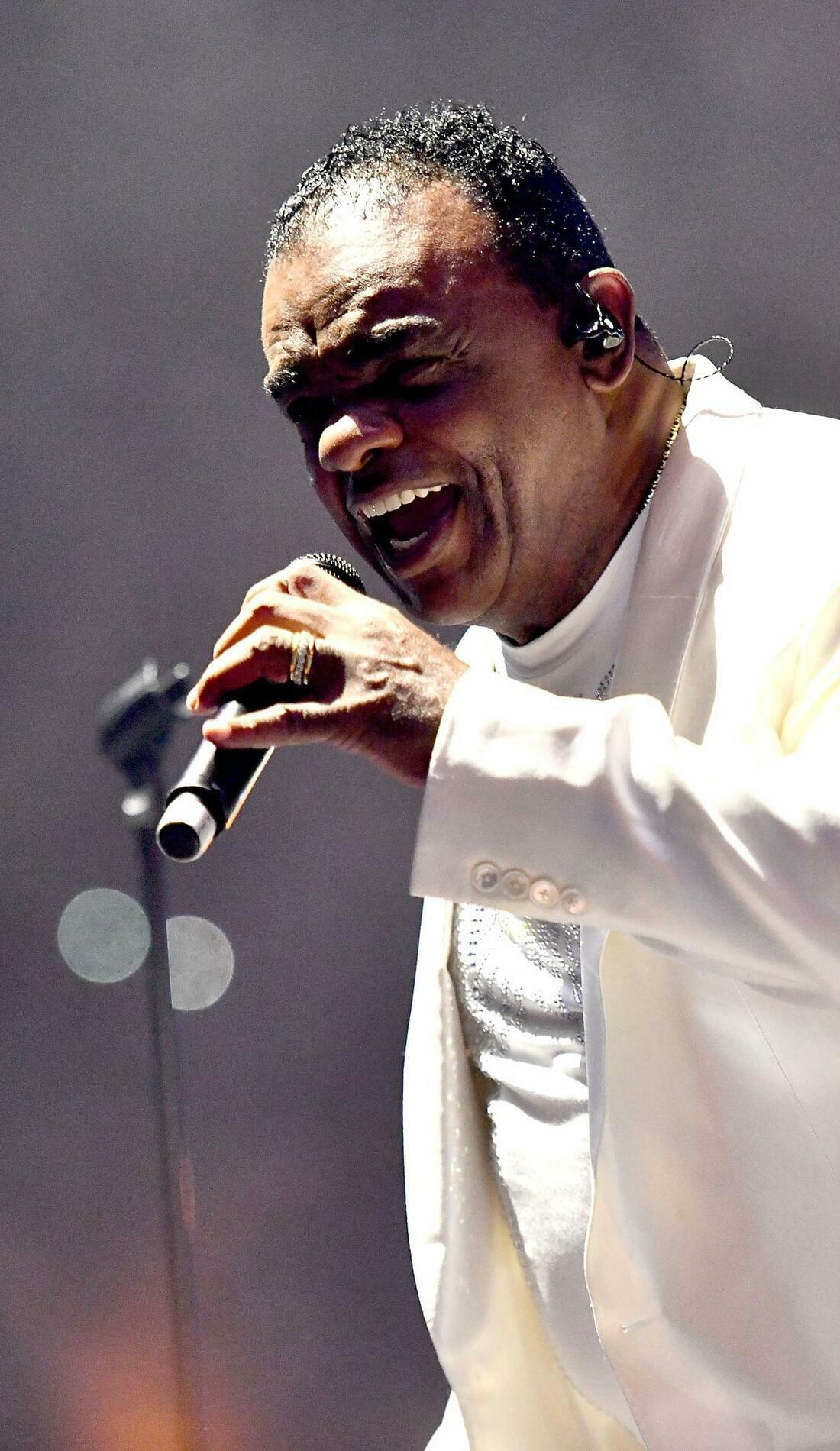 A The Isley Brothers live event