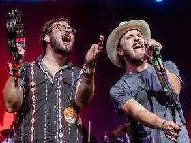 Brothers Osborne with The Wild Feathers