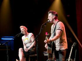 Advertisement - Tickets To Thompson Square
