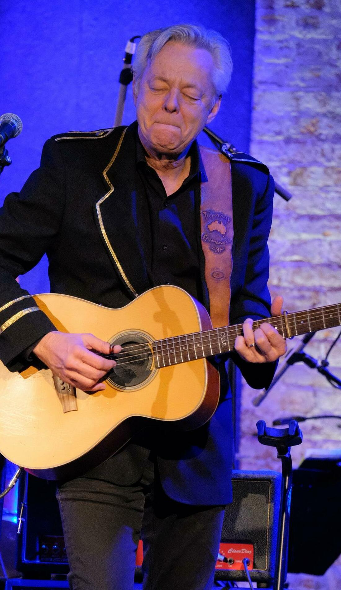A Tommy Emmanuel live event