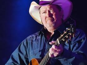 Advertisement - Tickets To Tracy Lawrence