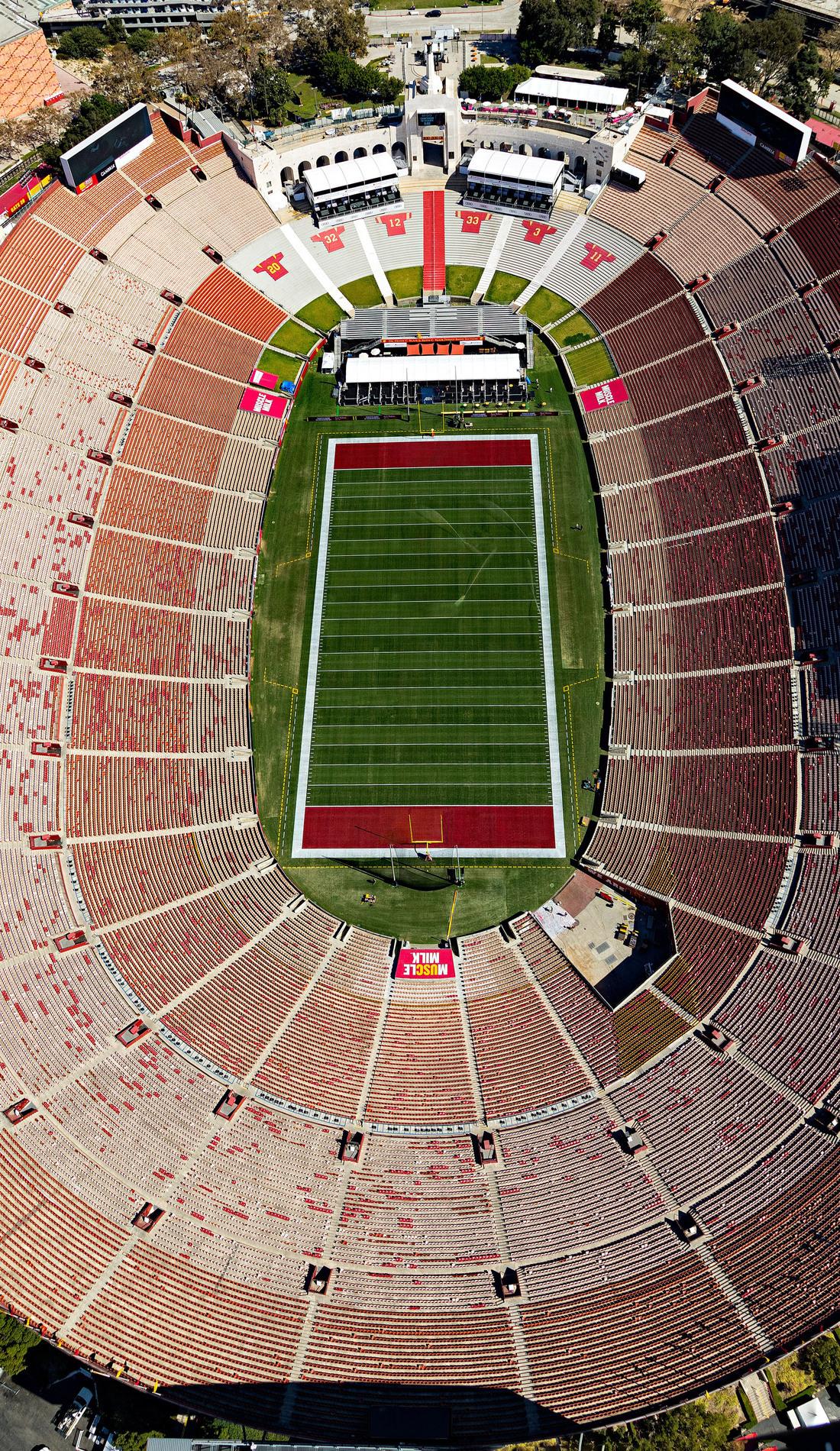 A USC Trojans Football live event