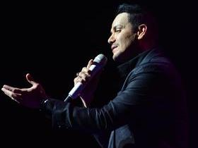 Viva La Salsa with Oscar D'Leon and Victor Manuelle