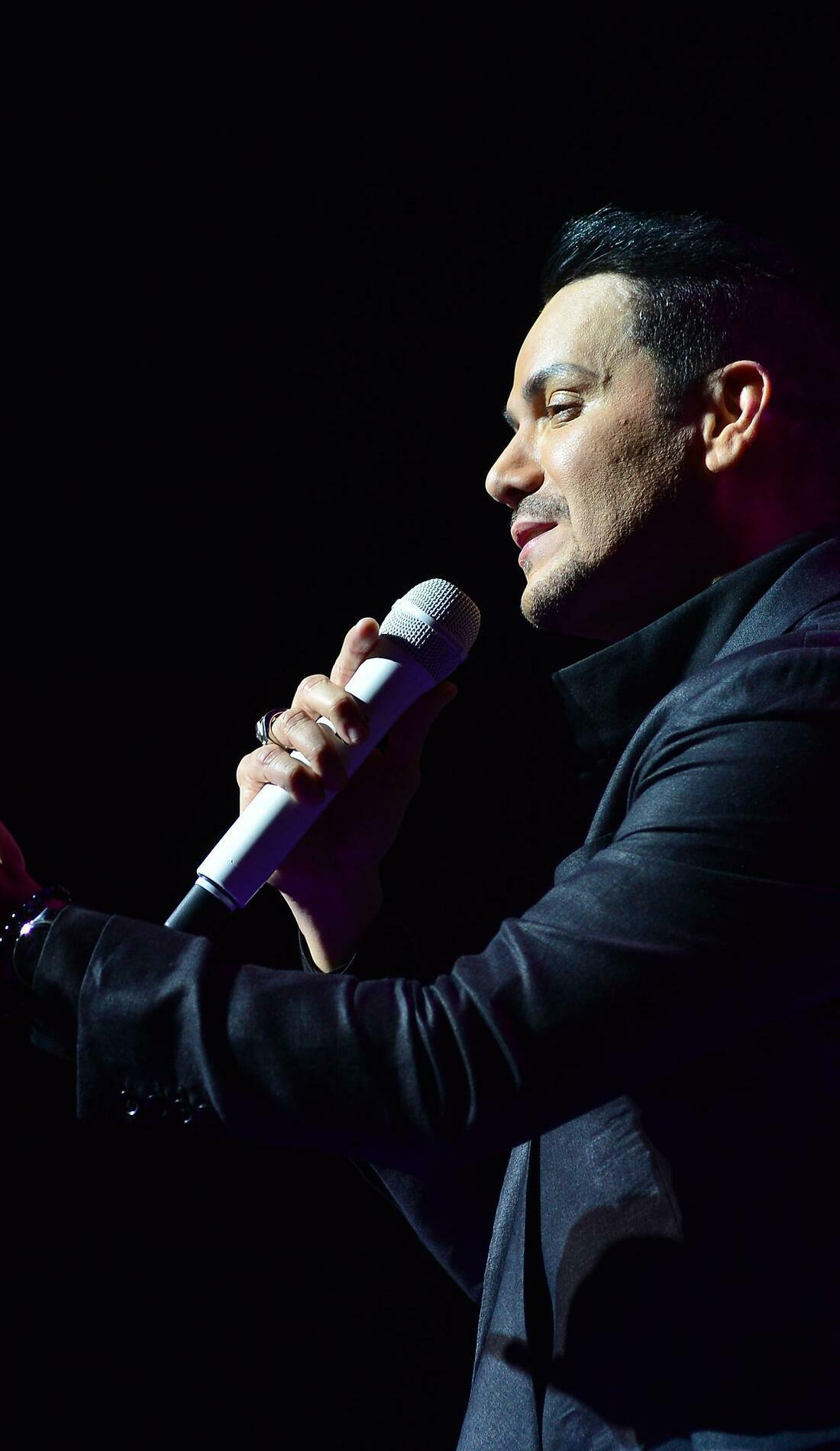 A Victor Manuelle live event