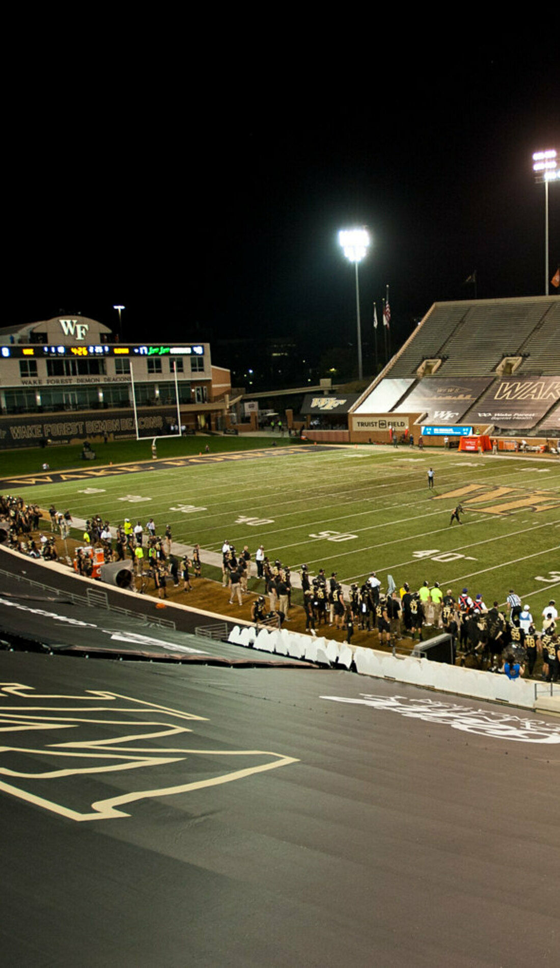A Wake Forest Demon Deacons Football live event
