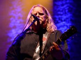 The Last Waltz with Warren Haynes