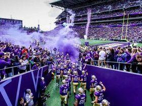 Washington State Cougars at Washington Huskies Football