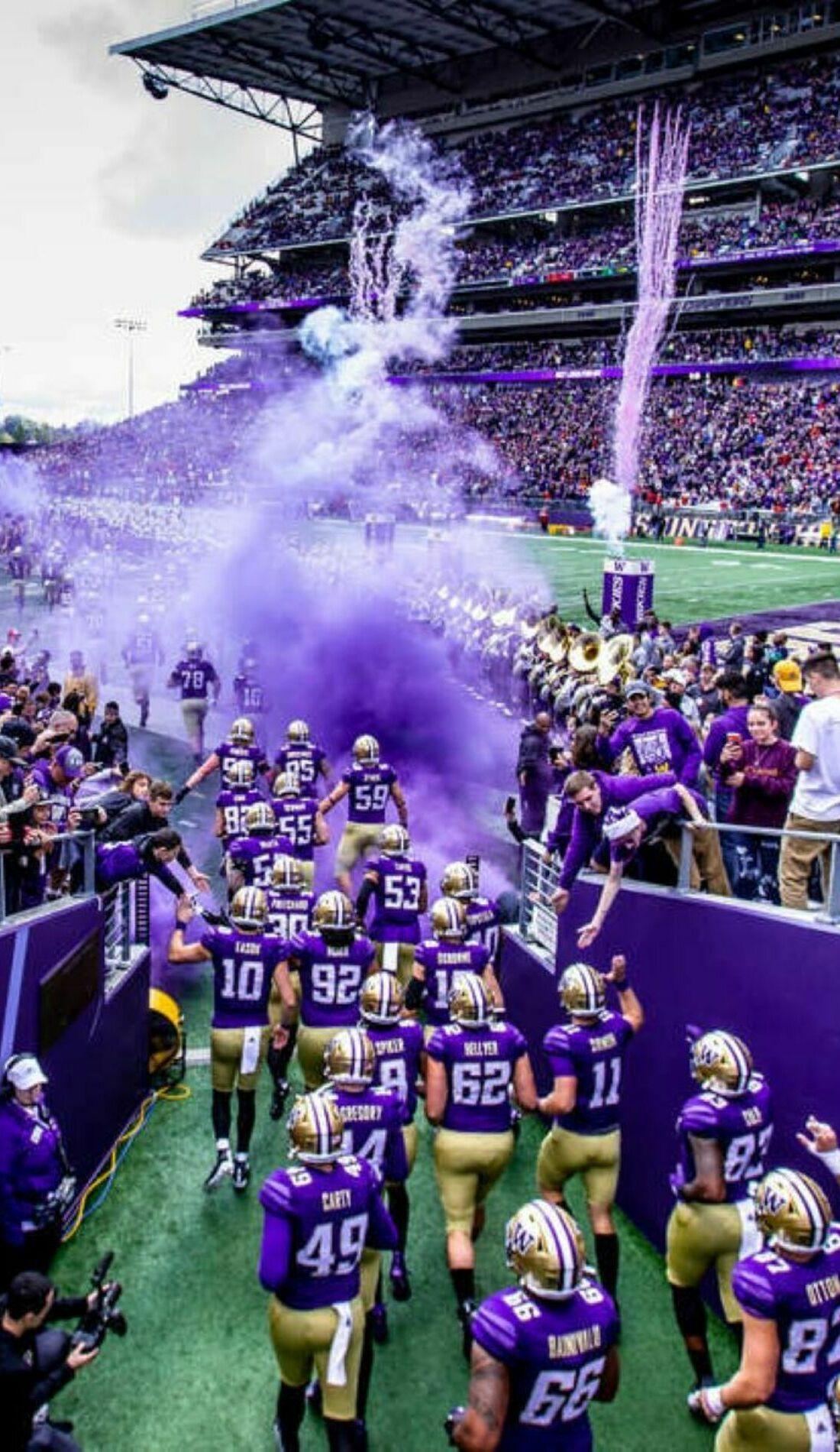 A Washington Huskies Football live event