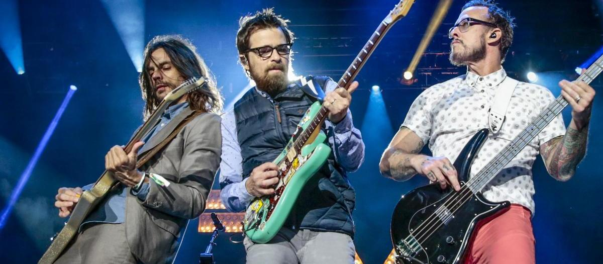 Weezer Tickets