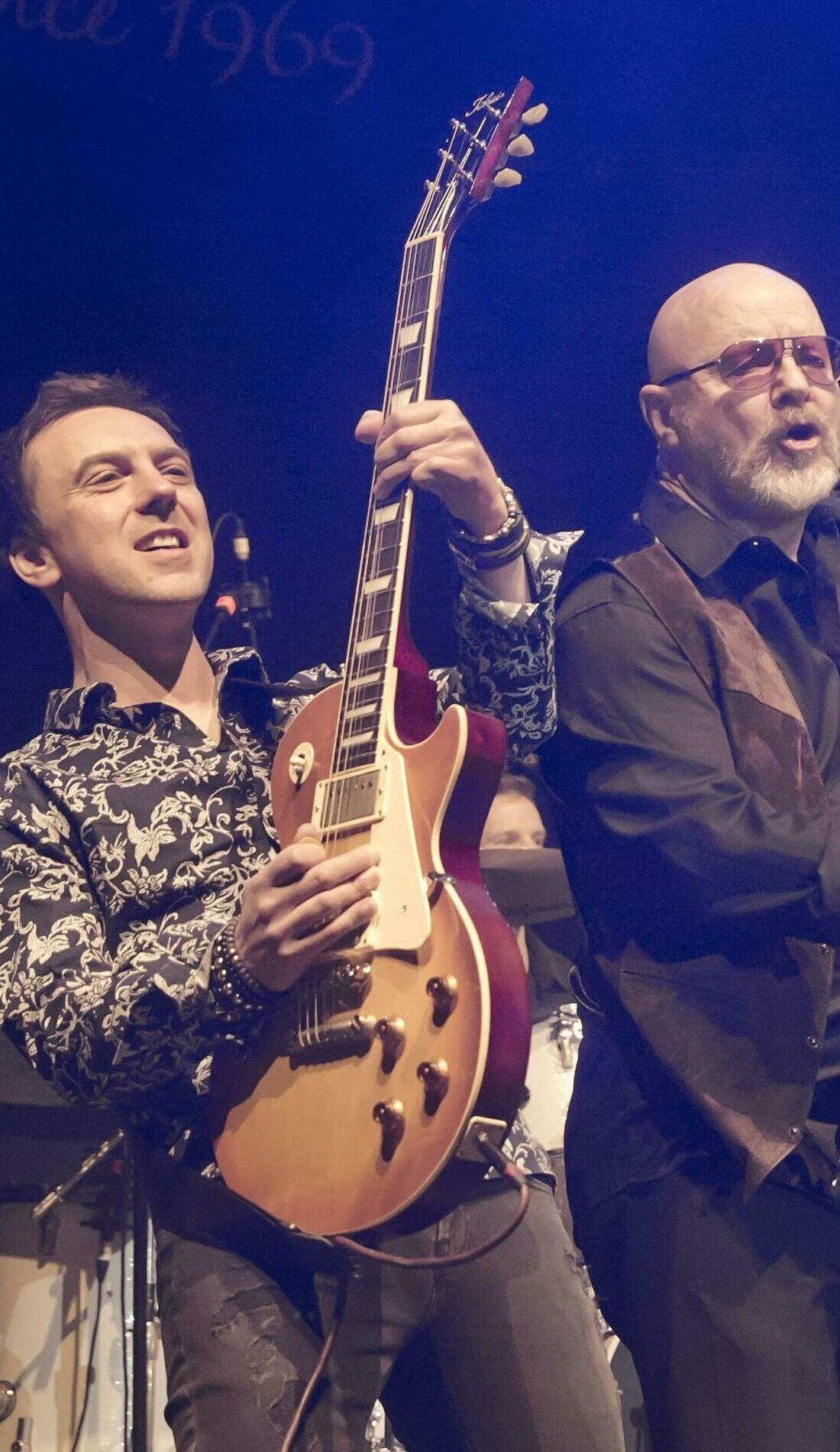 A Wishbone Ash live event