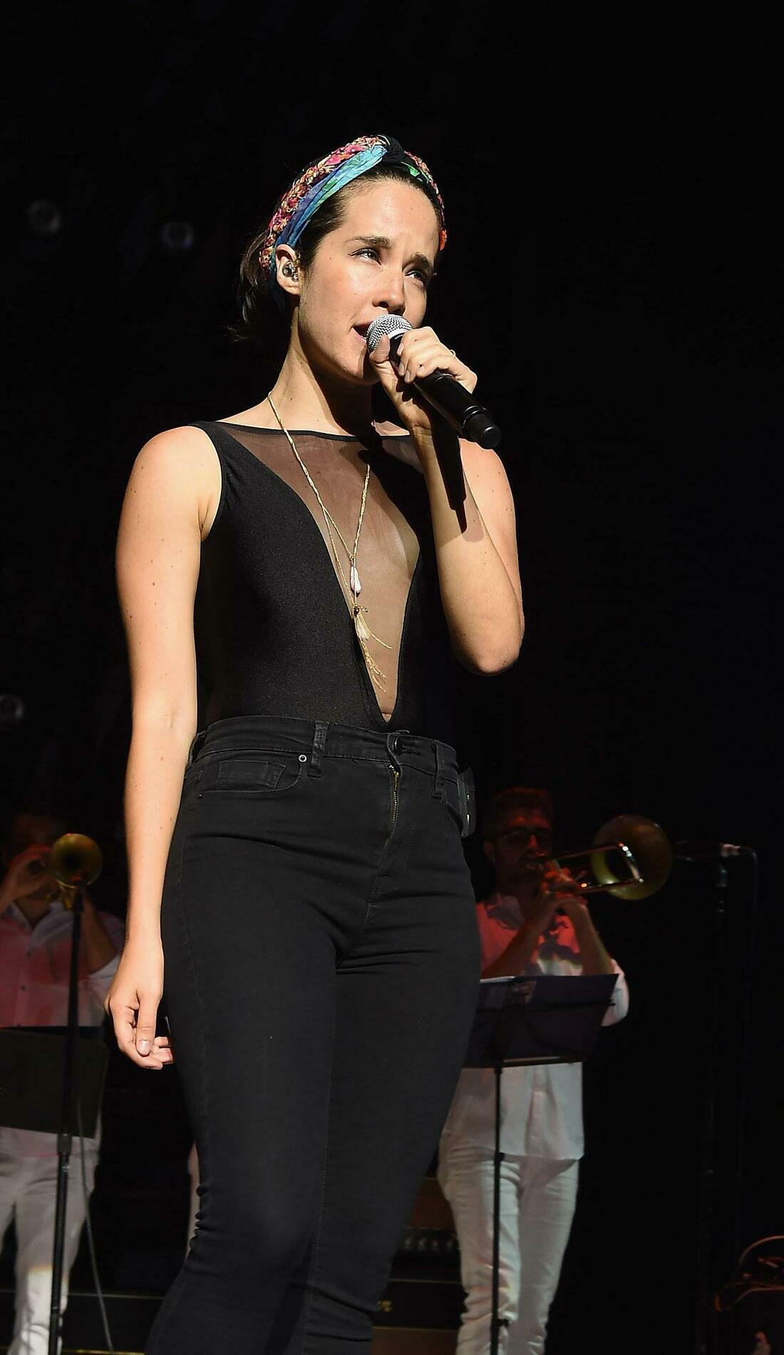 A Ximena Sarinana live event