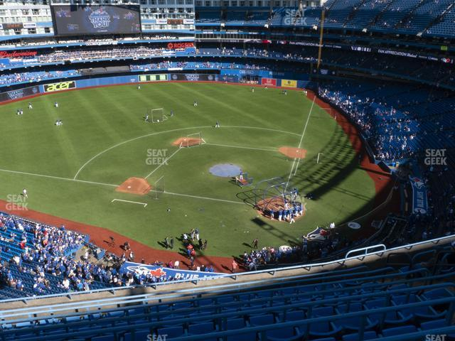 Rogers Centre Section 527 L view