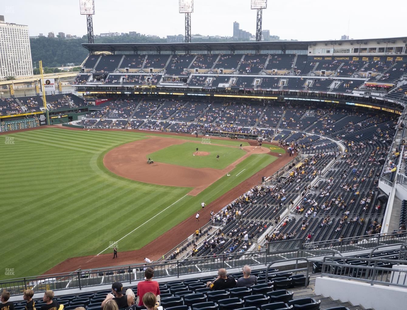 Pittsburgh Pirates at PNC Park Section 332 View