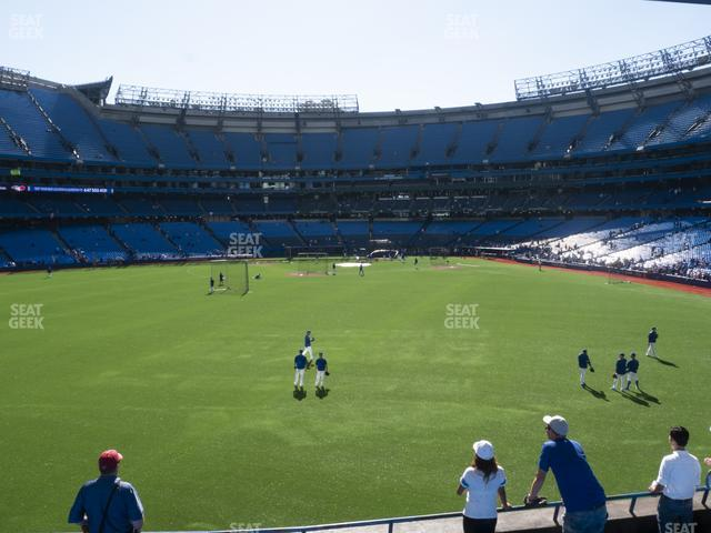 Rogers Centre Section 140 L view