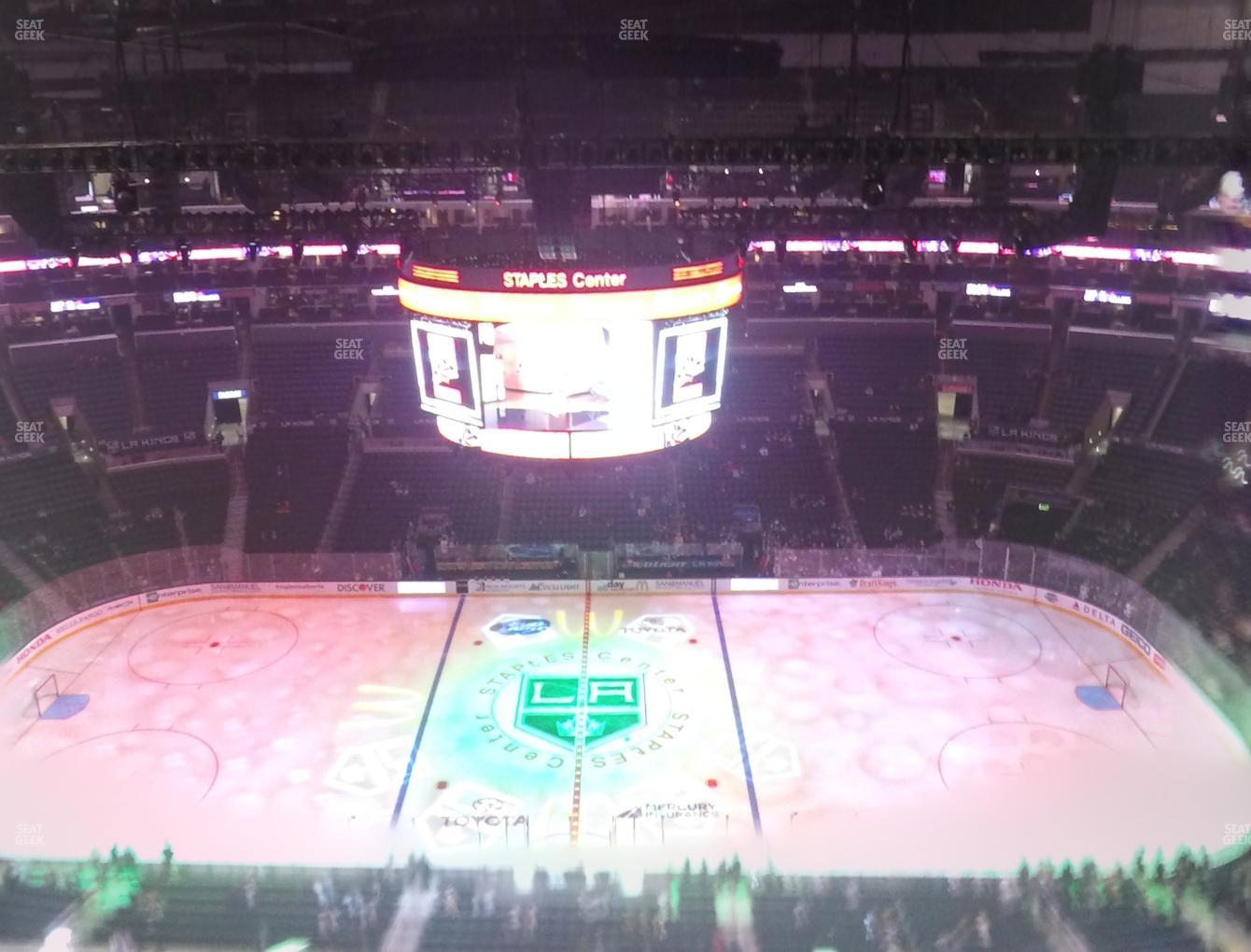Los Angeles Kings at Staples Center Section 318 View