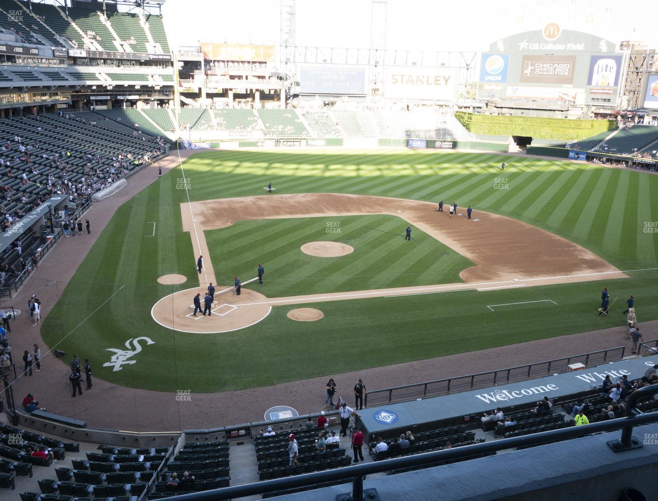 Chicago White Sox at Guaranteed Rate Field Section 329 View