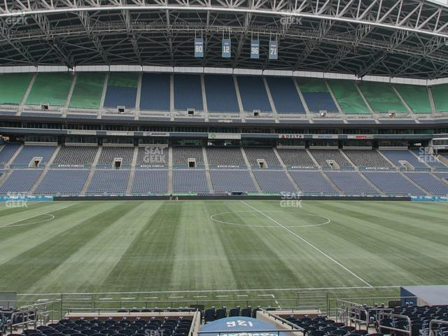 CenturyLink Field Section 136 view