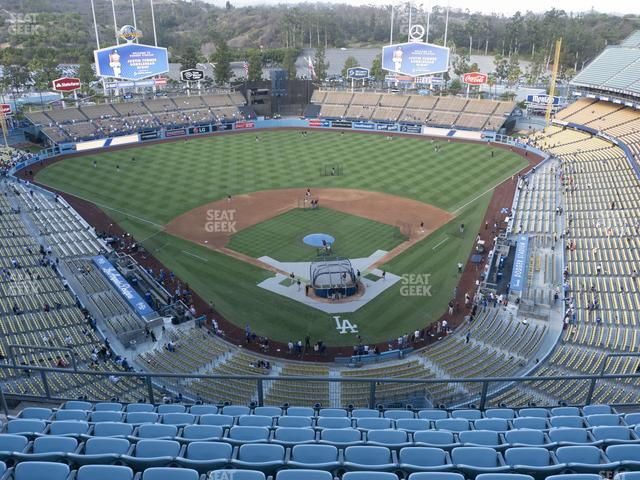 Dodger Stadium Right Field Pavilion 310 Seat Views Seatgeek