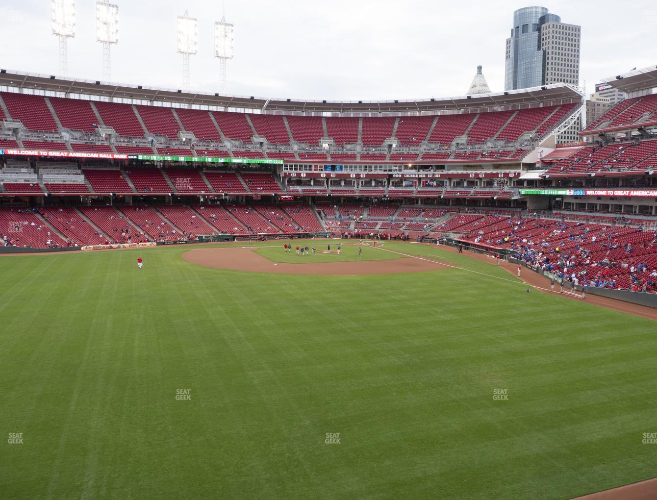 Cincinnati Reds at Great American Ball Park Section 402 View