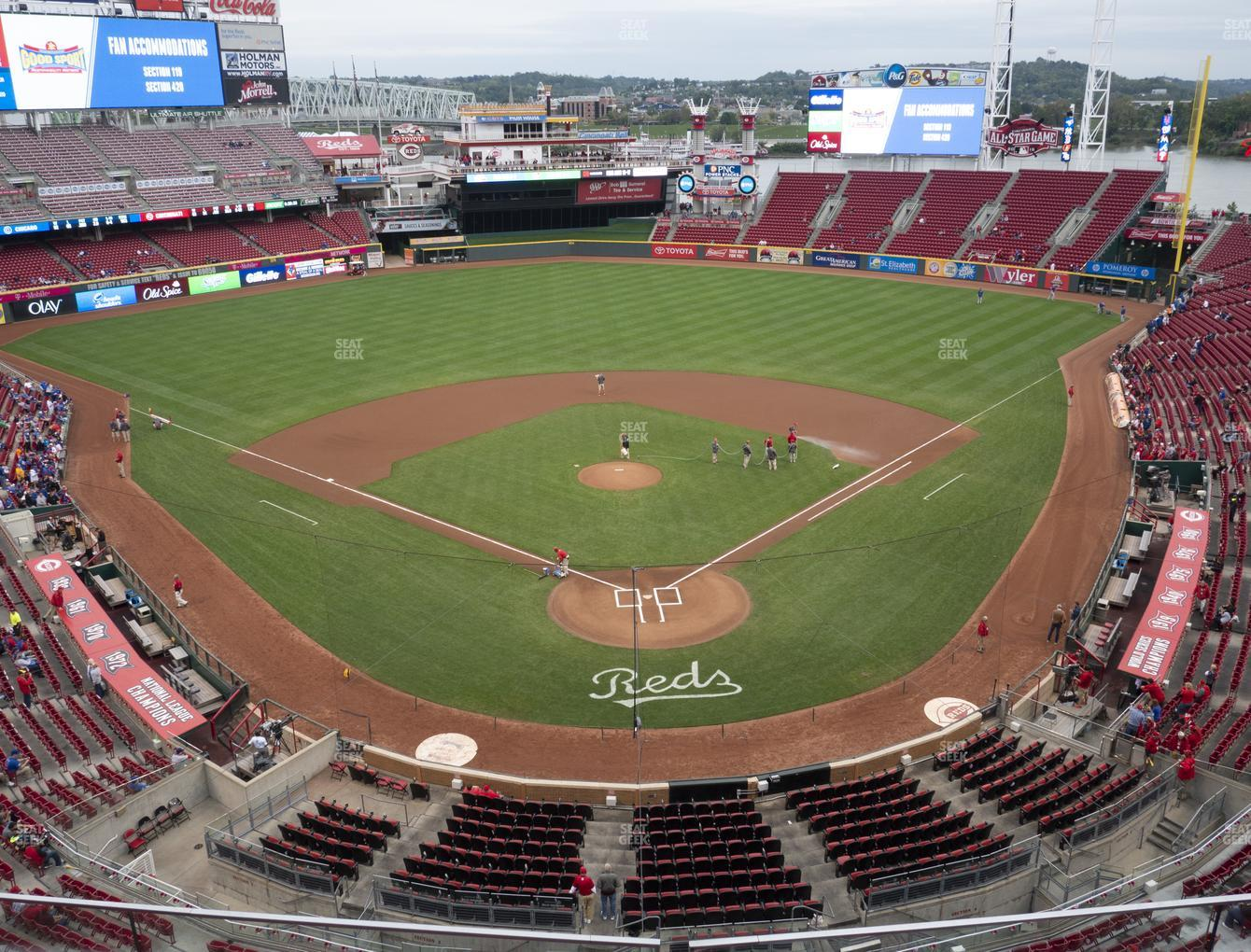 Cincinnati Reds at Great American Ball Park Section 423 View