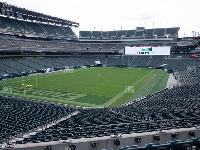 Lincoln Financial Field Section 132 view