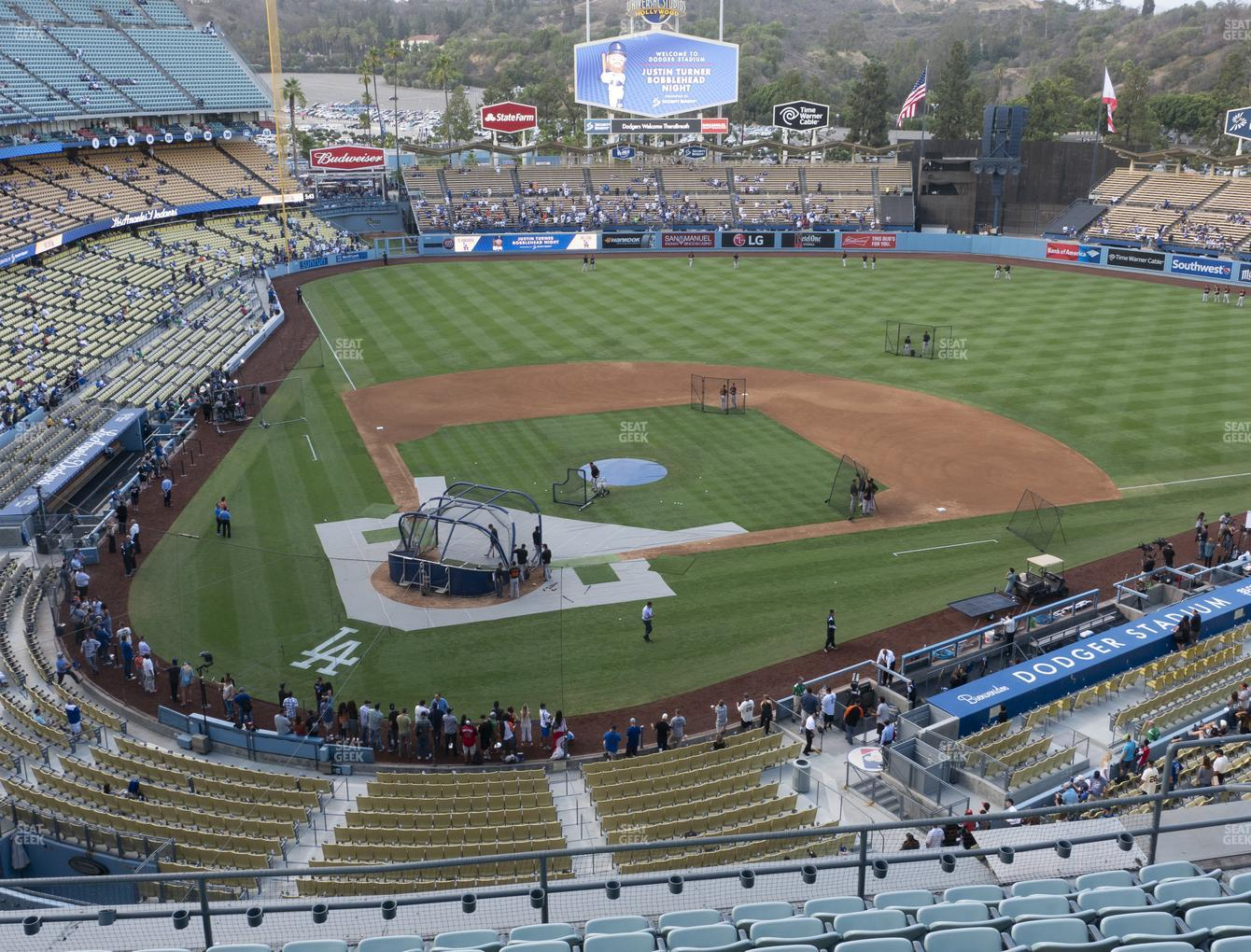 Dodger Stadium Reserve 6 Seat Views Seatgeek