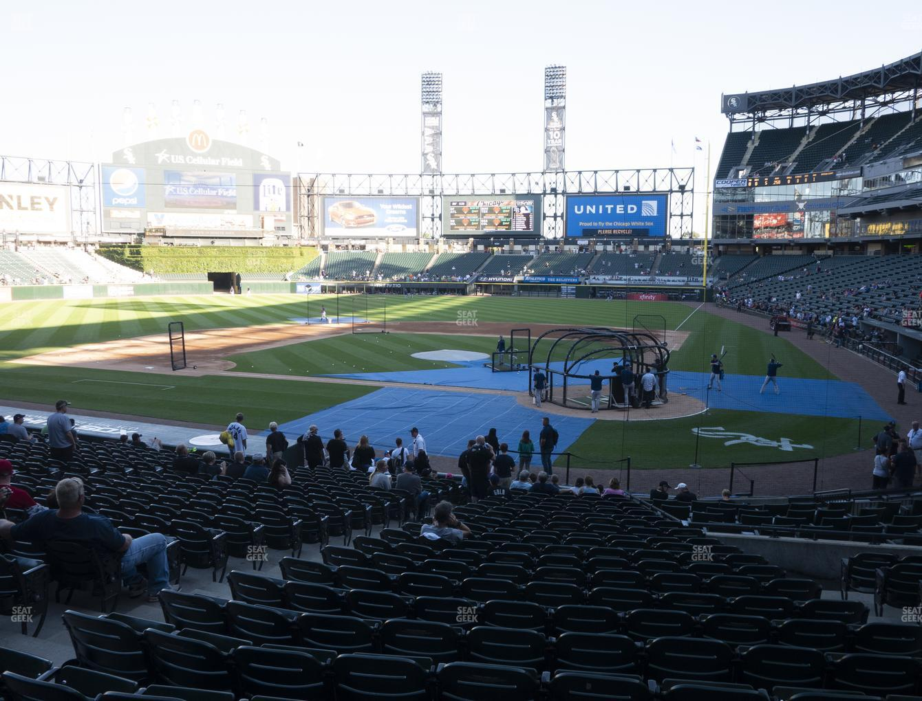 Guaranteed Rate Field Section 135 Seat Views | SeatGeek