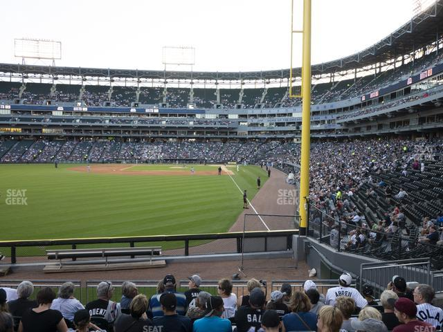 Guaranteed Rate Field Section 157 view
