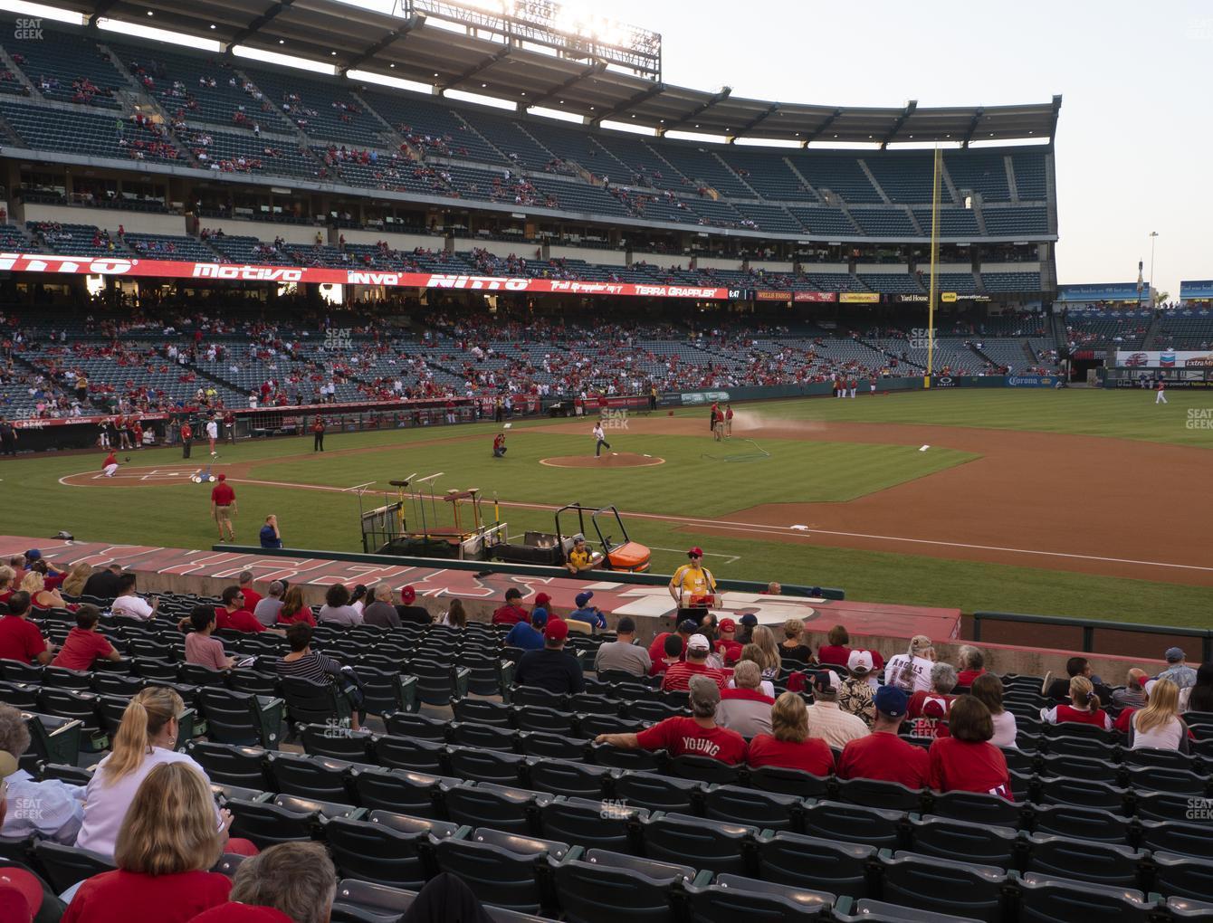 Angel Stadium Of Anaheim Section 125 Seat Views Seatgeek