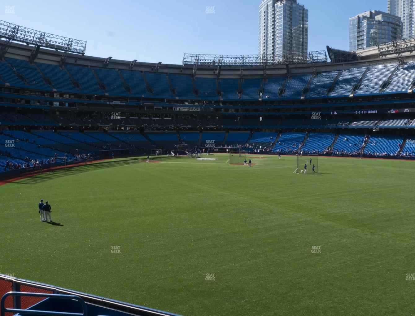 Toronto Blue Jays at Rogers Centre Section 105 L View