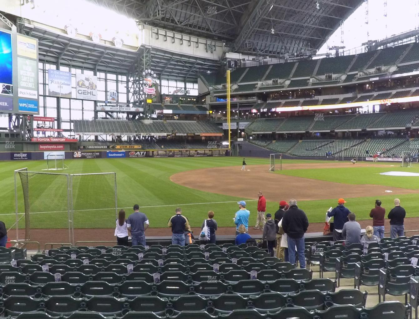Milwaukee Brewers at Miller Park Section 125 View