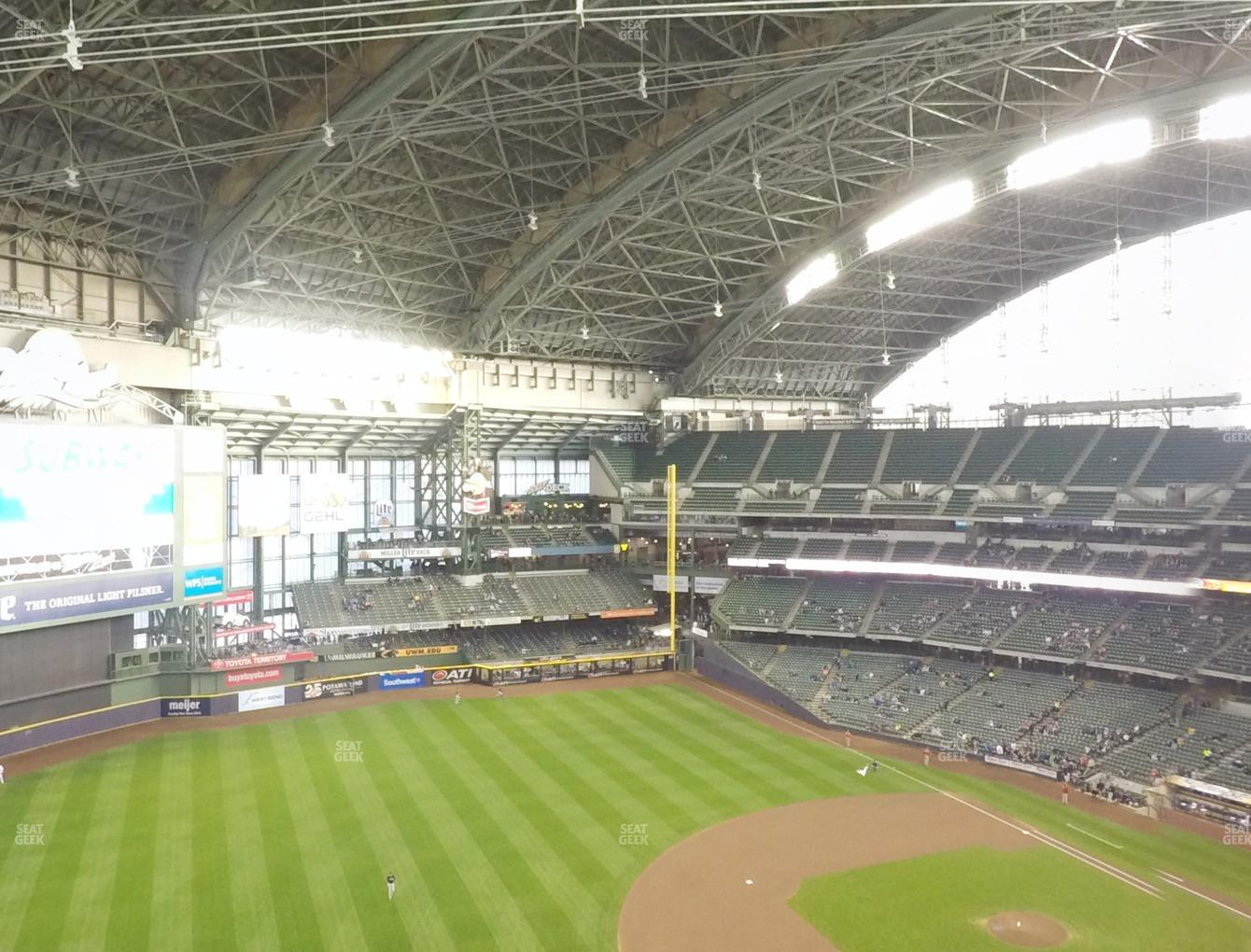 Milwaukee Brewers at Miller Park Section 433 View
