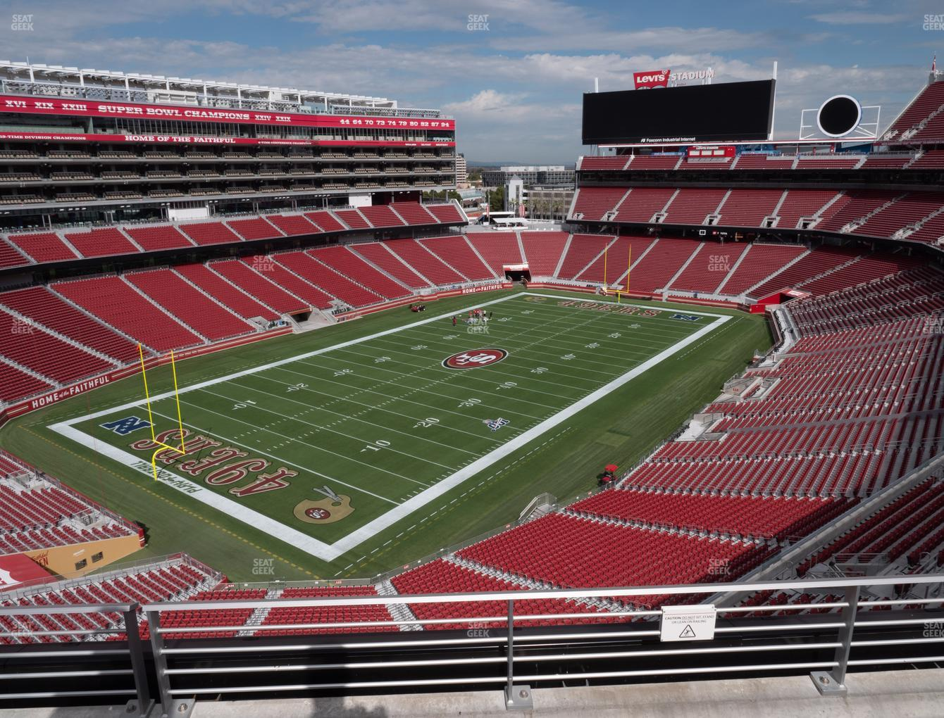 San Francisco 49ers at Levi's Stadium Section 321 View