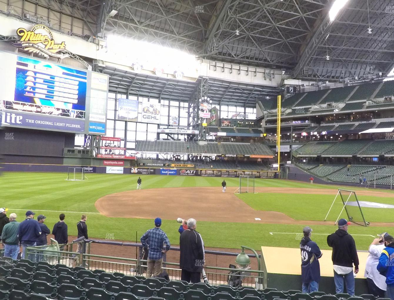 Milwaukee Brewers at Miller Park Section 123 View