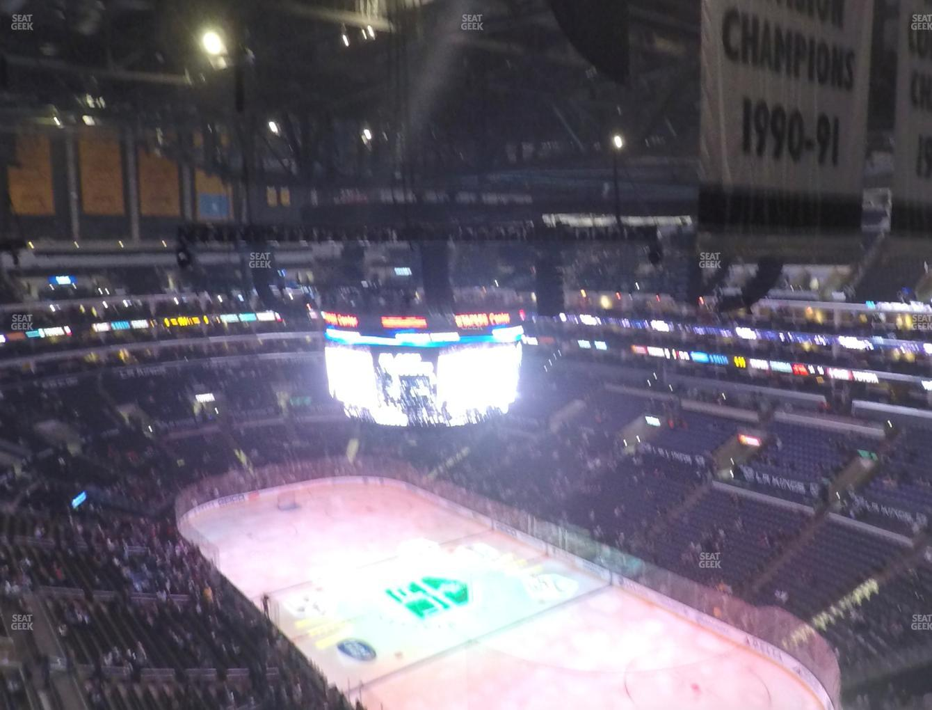 Los Angeles Kings at Staples Center Section 330 View