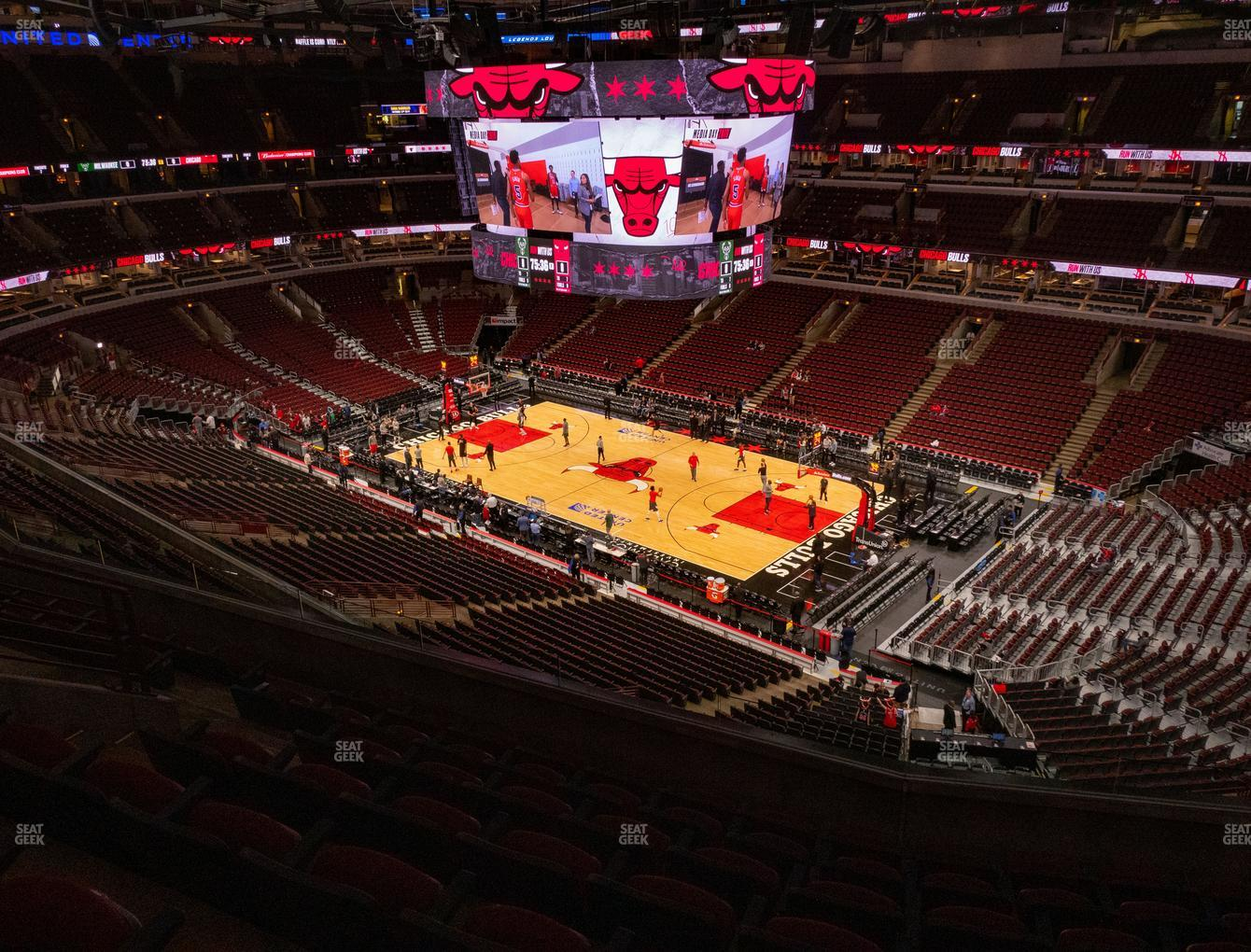 United Center Section 331 Seat Views | SeatGeek