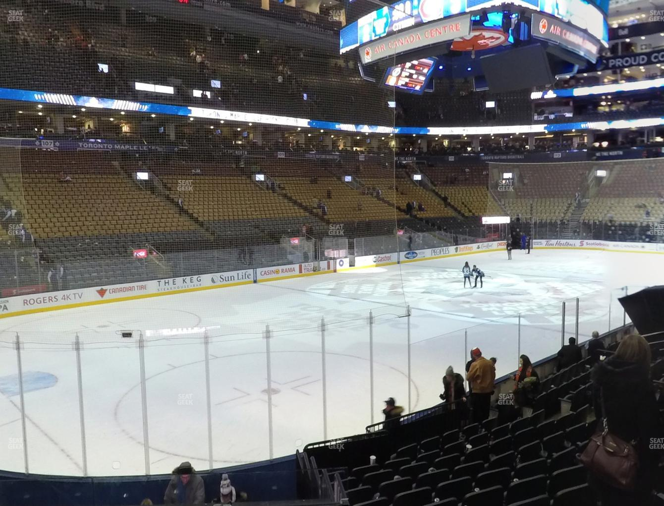 Toronto Maple Leafs at Scotiabank Arena Section 122 View