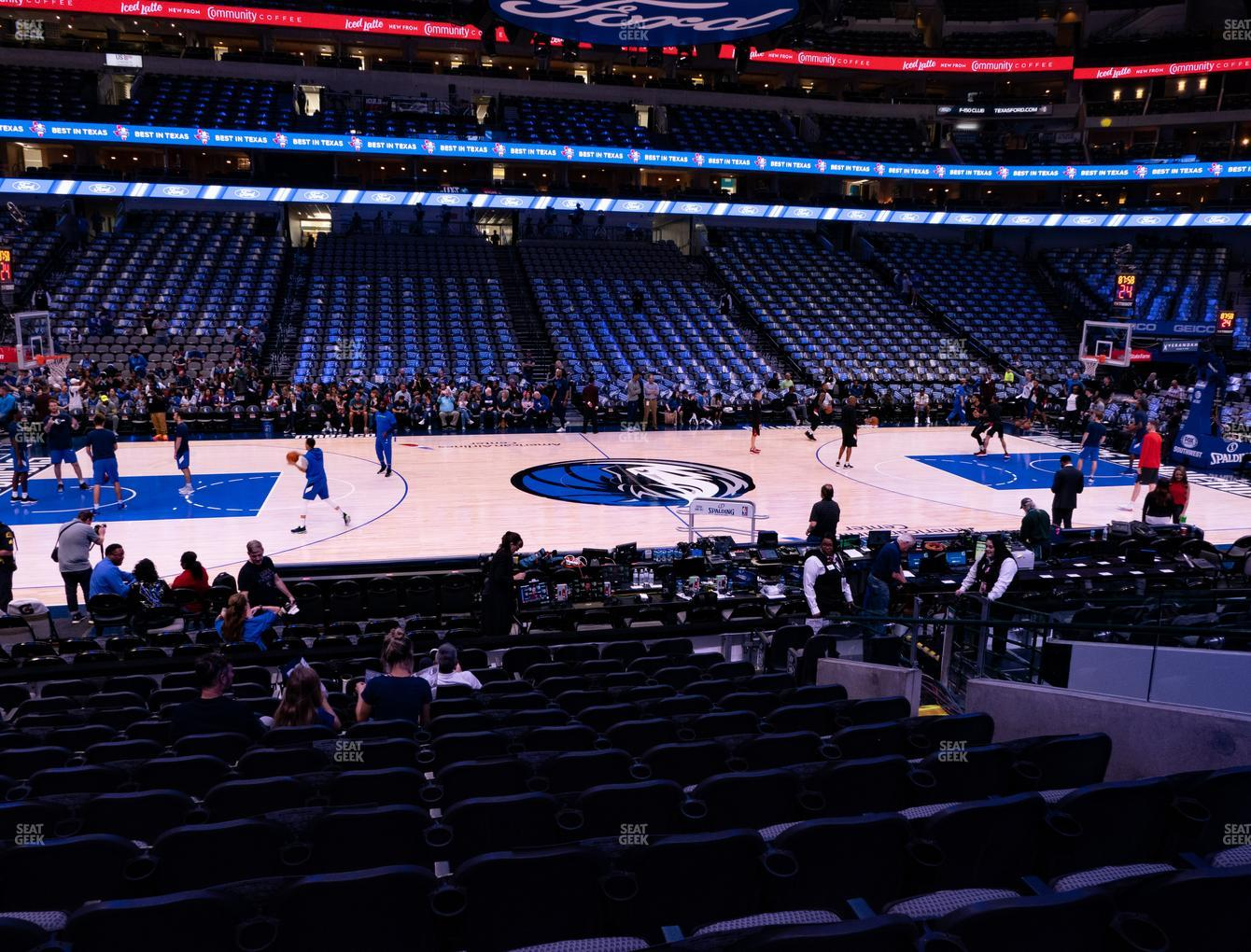 Dallas Mavericks at American Airlines Center Section 119 View