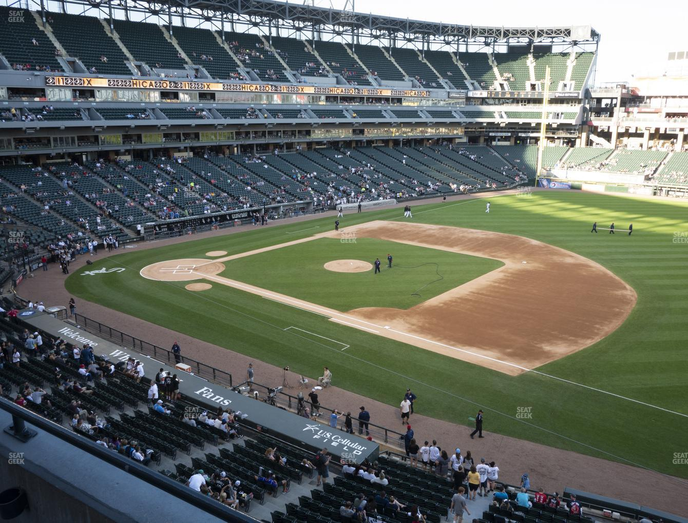 Chicago White Sox at Guaranteed Rate Field Section 320 View